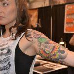 Wie man sich um Tattoo Pflege
