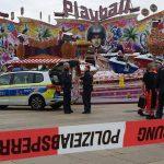 Frau fällt von Fahrgeschäft: Tödliches Unglück bei Fest in Potsdam