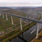 Hochmoselbrücke in Rheinland-Pfalz: Nacht acht Jahren Bauzeit: Die zweithöchste Brücke Deutschlands ist endlich fertig