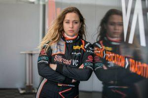 Formel 1: Flörsch kämpft weiter Rennlady legt sich mit Ferrari an