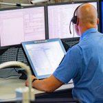 Nachrichten aus Deutschland: 34 Mal den Notruf missbraucht: Polizei macht Tatverdächtige ausfindig und kassiert Handys ein