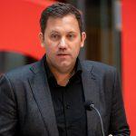 """""""Schmutzkampagne gegen CDU"""": AKK teilt gegen SPD-Politiker Klingbeil aus"""
