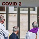 Bei Erkrankten angesteckt: Italienische Priester sterben an Covid-19