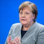 Debatte über Lockdown-Exit: Ungewöhnlich scharfe Worte: Merkel besorgt über sinkende Disziplin der Deutschen bei Corona-Regeln