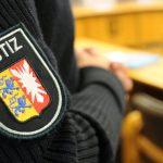 Festnahme in Norderstedt: Frau lässt Neugeborenes in Gebüsch zurück