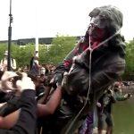 Großbritannien - Denkmalstürmer: Sklavenhändler vom Sockel stoßen