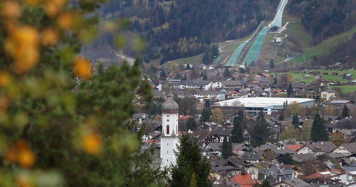 Corona in Garmisch-Partenkirchen: Behörden prüfen Strafe für Superspreaderin