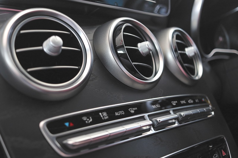 Klimaanlage Kondensator ein extrem wichtiger Teil der Auto Klimaanlage ist